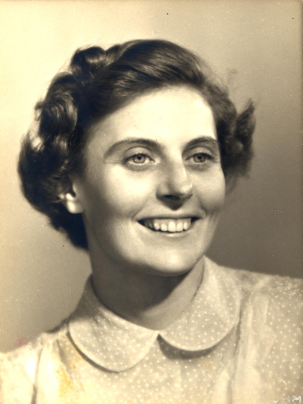 Cecile DeWitt
